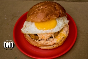 Sunny side up Burger at blue delicacies, Vamajoor, Mangalore- What tempts my Palate